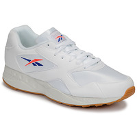 Shoes Men Low top trainers Reebok Classic TORCH HEX White