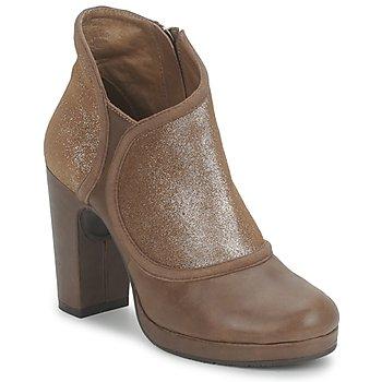 Low boots Esska TILLY