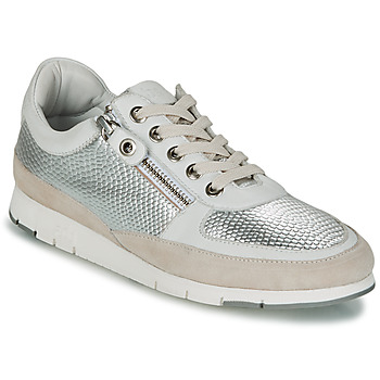Shoes Women Low top trainers TBS CAVANNA Silver / Beige