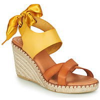 Shoes Women Sandals Pataugas FIONA Cognac / Yellow