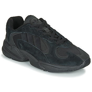 Shoes Men Low top trainers adidas Originals YUNG 1 Black