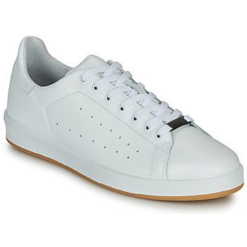 Shoes Men Low top trainers André MATT White