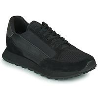 Shoes Men Low top trainers Armani Exchange XV263-XUX083 Black