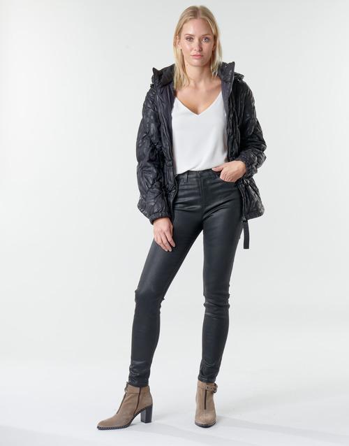 material Women 5-pocket trousers Emporio Armani 6H2J20 Black