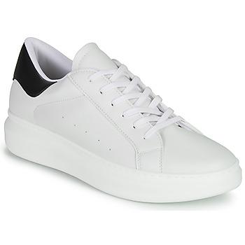 Shoes Men Low top trainers André ALEX White