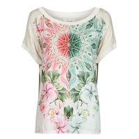 material Women short-sleeved t-shirts Desigual COPENHAGUE White