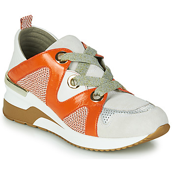 Shoes Women Low top trainers Mam'Zelle VELODE Beige / Orange