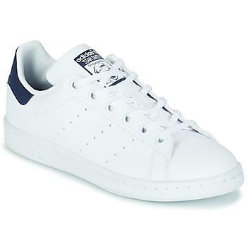 Shoes Children Low top trainers adidas Originals STAN SMITH J SUSTAINABLE White / Marine