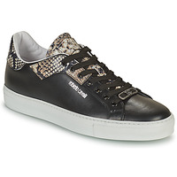 Shoes Men Low top trainers Roberto Cavalli KALE Black