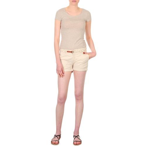 material Women Shorts / Bermudas Franklin & Marshall MACQUARIE Beige