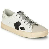Shoes Women Low top trainers Le Temps des Cerises AUSTIN White / Black