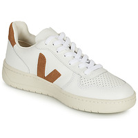 Shoes Women Low top trainers Veja V-10 White / Camel