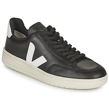Shoes Low top trainers Veja V-12 Black / White