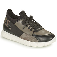 Shoes Boy Low top trainers Guess BRODY Black