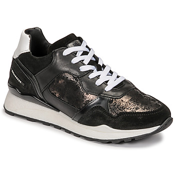 Shoes Women Low top trainers Bullboxer 939004E5C_BLWH Black