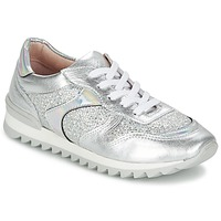 Shoes Women Low top trainers Unisa DALTON Silver / White