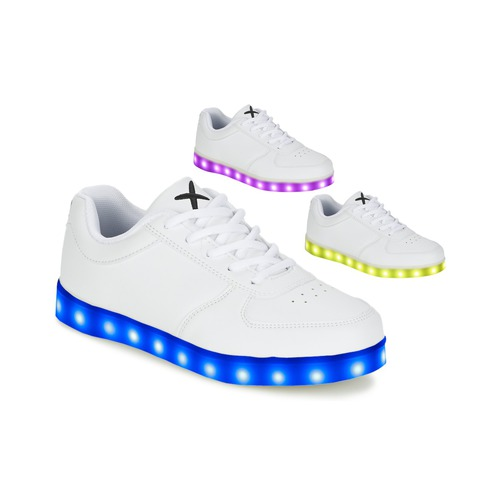 Shoes Low top trainers Wize & Ope THE LIGHT White