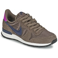 Low top trainers Nike INTERNATIONALIST PREMIUM W