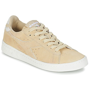 Shoes Women Low top trainers Diadora GAME LOW SUEDE Beige