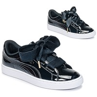 Shoes Women Low top trainers Puma BASKET HEART PATENT WN'S Black