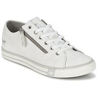 Shoes Women Low top trainers Mustang RADU White