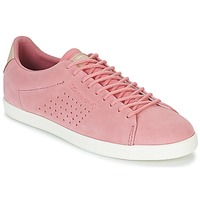 Shoes Women Low top trainers Le Coq Sportif CHARLINE SUEDE Pink