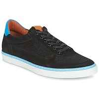 Shoes Men Low top trainers Pataugas PHIL-NOIR Black