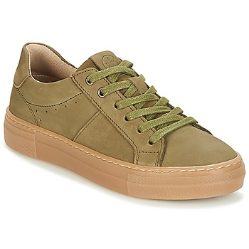 Shoes Boy Low top trainers Bullboxer AID002 Kaki