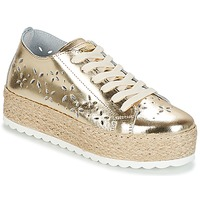 Shoes Women Low top trainers Guess MARLEY Gold