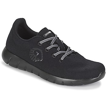 Shoes Men Low top trainers Giesswein MERINO RUNNERS Black