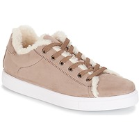 Shoes Women Low top trainers André AWASSI Beige