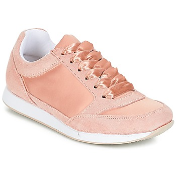 Shoes Women Low top trainers André OPERA Pink